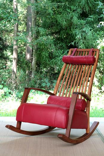 くつろぎきらきらゆらゆらロッキング椅子