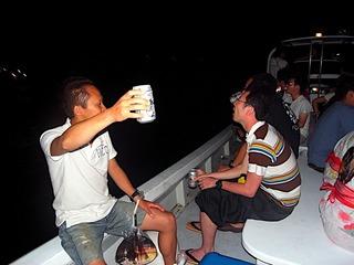 ボートから花火見物