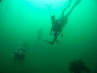 ダイビング潜降