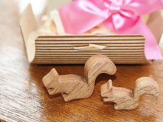 森から届いたプレゼント クリの木リスの箸置き