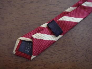 ネクタイ・裏側