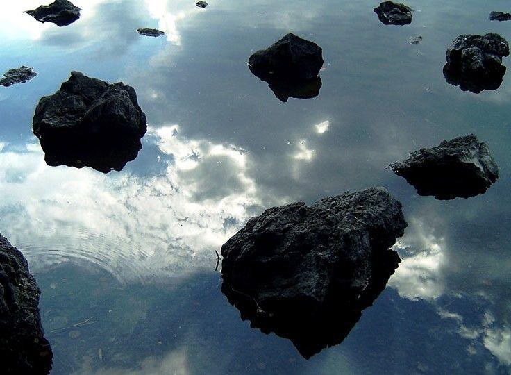 地球を襲う巨大隕石群