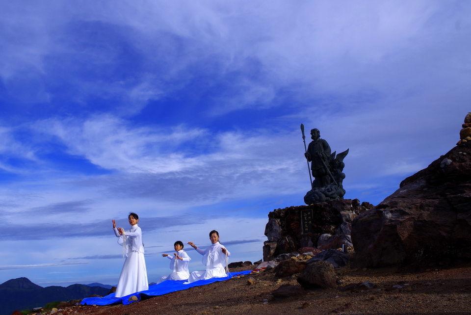 女性の美しさをひらく舞&ボディワーク   8/3 日光男体山登拝大祭奉納のご報告。。。闇の中の儀式。。。 コメント