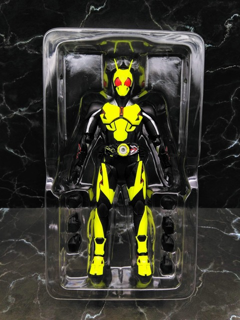 KAMEN RIDER ZERO-ONE RISING HOPPER 05