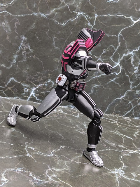 MASKED RIDER DECADE COMPLETE FORM 25