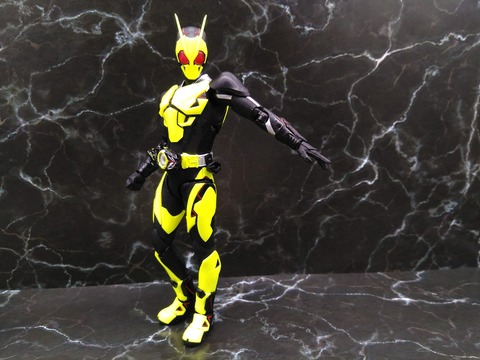KAMEN RIDER ZERO-ONE RISING HOPPER 15