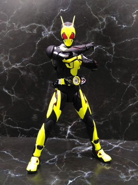 KAMEN RIDER ZERO-ONE RISING HOPPER 13