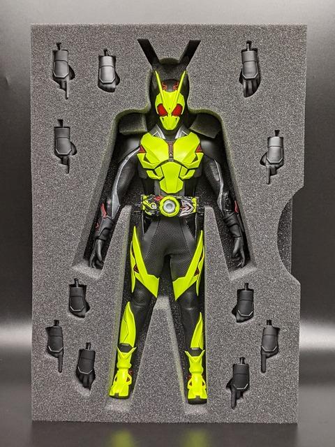 RAH-785 KAMEN RIDER ZERO-ONE RISING HOPPER 07