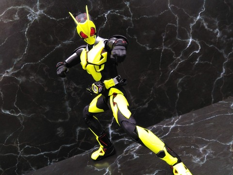 KAMEN RIDER ZERO-ONE RISING HOPPER 16