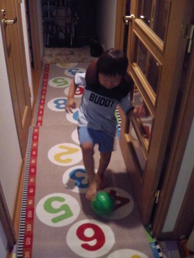 廊下サッカーあやと