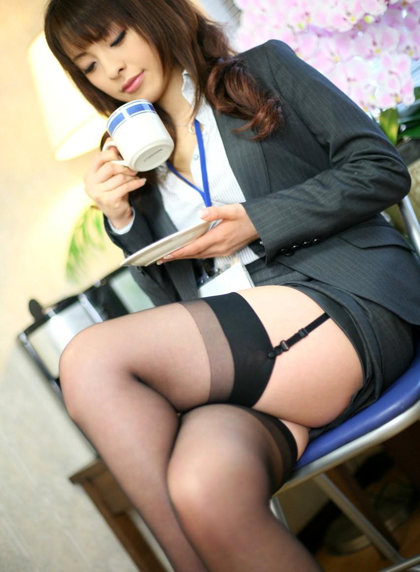 【尻】太い足にミニスカートその19【太もも】 [無断転載禁止]©bbspink.com->画像>243枚