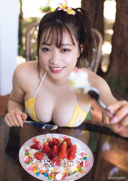 【神乳】現役JDはるかぜちゃんの爆乳Iカップの重量感wwwwwwww