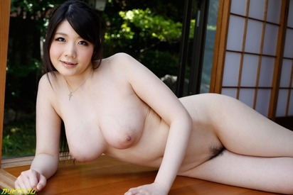 Big-AV-actress-Rie-Tachikawa-6