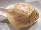 上海蟹のミソ入り小籠包
