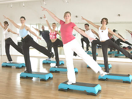 step-aerobic-videos
