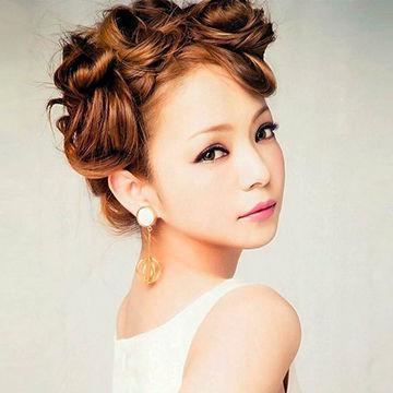 安室奈美恵のアップヘア