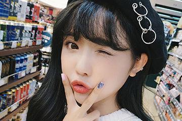 リングがオシャレな韓国アイドル風ベレー帽