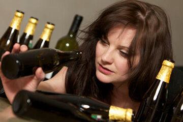 酒癖が悪い女