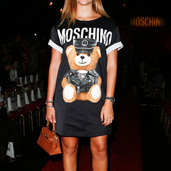 MOSCHINO_2017SS_Pret_a_Porter_Collection_frontrow_gallery