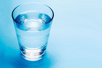 水分をたくさん撮って空腹を防ぐ