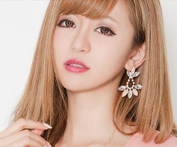 人気雑誌モデルの丸山慧子さんもハイトーン