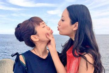 女子同士のスキンシップ、女子同士でキスしちゃう
