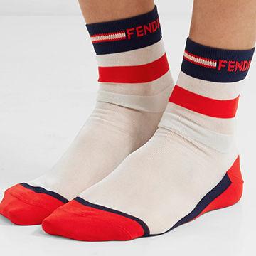 FENDIのレトロで可愛い靴下