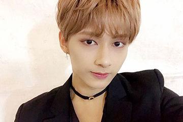 韓国アイドル系のネオ男子にピッタリのチョーカー