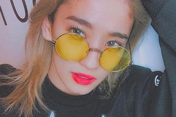 カラーサングラスE-girlsのYURINO