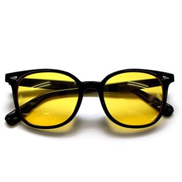 216384-yellow