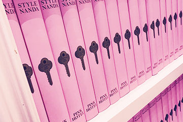 ピンクだらけで可愛い、明洞にあるピンクホテルが人気。