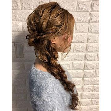 ラプンツェル風編み込みヘア