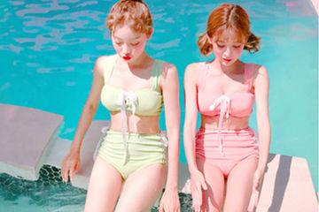彼女が、女子だけで海やプールに行くのは嫌ですか?