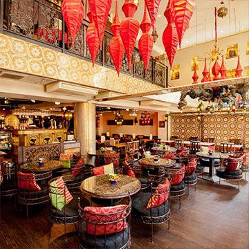 象が印象的なオシャレな梅田のカフェエレファントカフェ