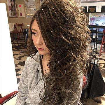 片寄せ盛り髪