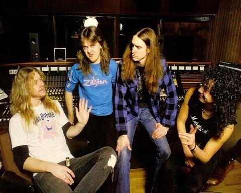 MetallicaMOPStudio