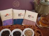 trois tea set1