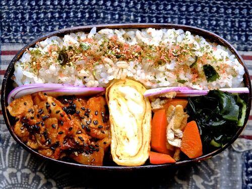 豚バラ肉キムチ炒め