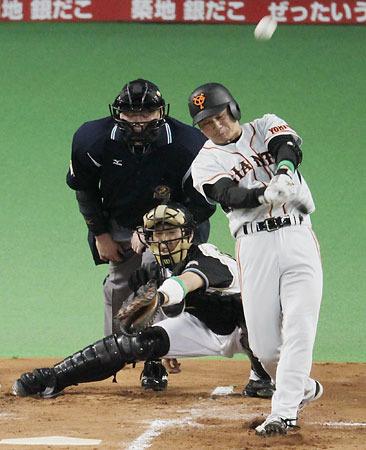 谷の先制本塁打
