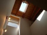 3/30朝10時頃の天窓からの光のインテリア