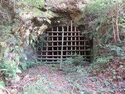 59地下壕10入口