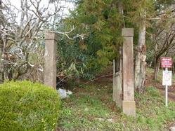 3篠山陸軍墓地門柱
