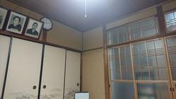 38朝日屋店内