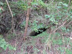 2麓の地下壕入り口