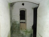 建部山砲台砲側庫内部2