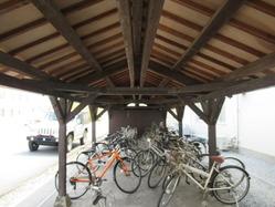 24自転車置場