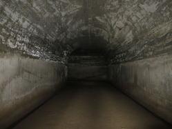 29地下壕内部