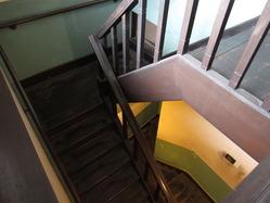 14辻徳商店階段