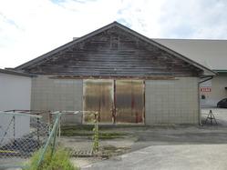 48北伊勢陸軍飛行場の旧建物か3
