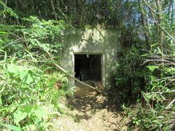 27地下壕